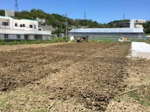 僕がトラクターで耕した畑
