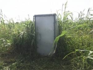 井戸おpンプが入っている小屋