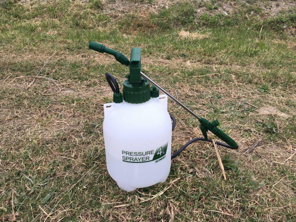 タカギの蓄圧式噴霧器。GKS-4B